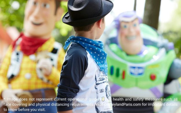 Disneyland® Paris Express: Return Shuttle Transfers, 1 or 2 Parks