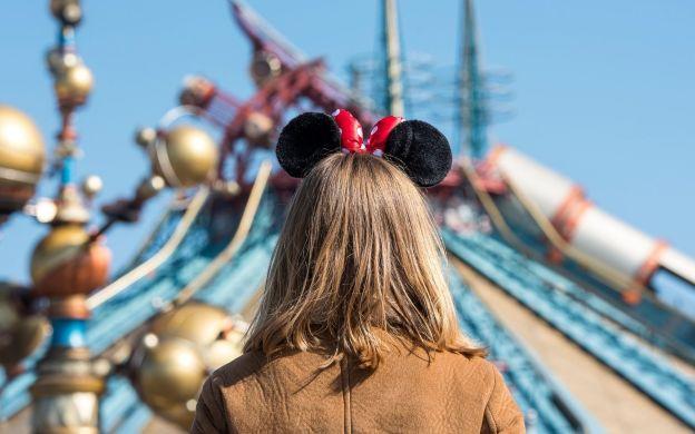 Disneyland® Paris Hopper Ticket: 1-day, 2 Parks