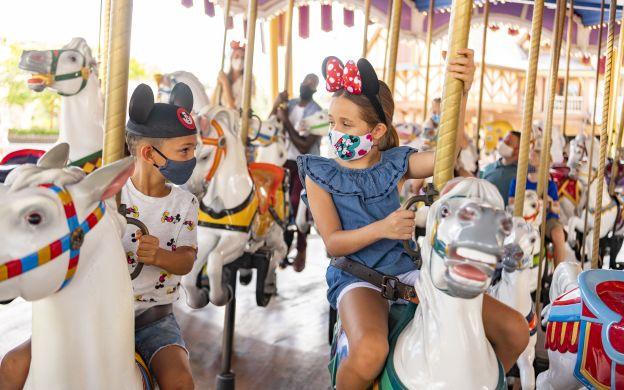Disneyland® Paris Mini Ticket: 2-Day, 2-Parks