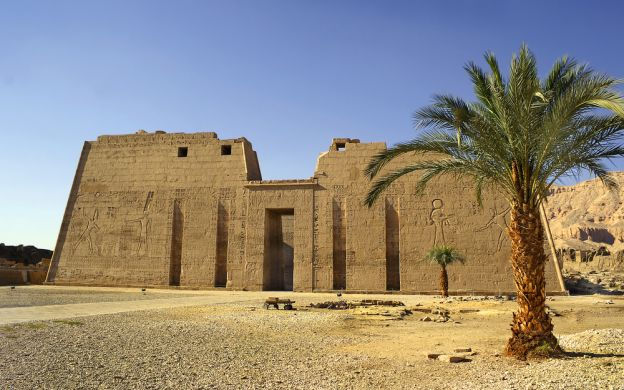 The West Bank, Valley of the Kings, Karnak and Luxor Temples Tour