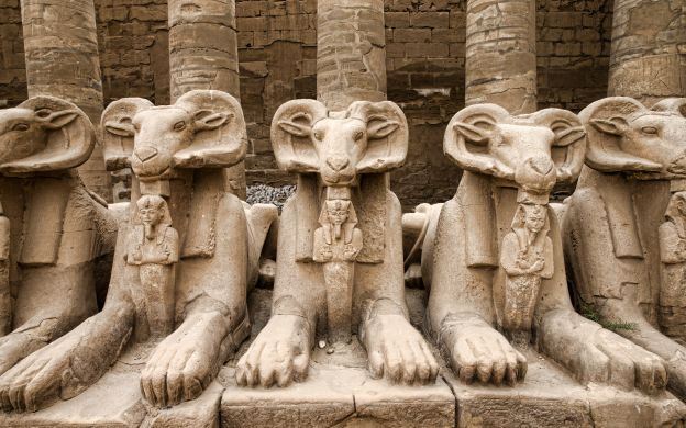 Sightseeing in Luxor from Safaga