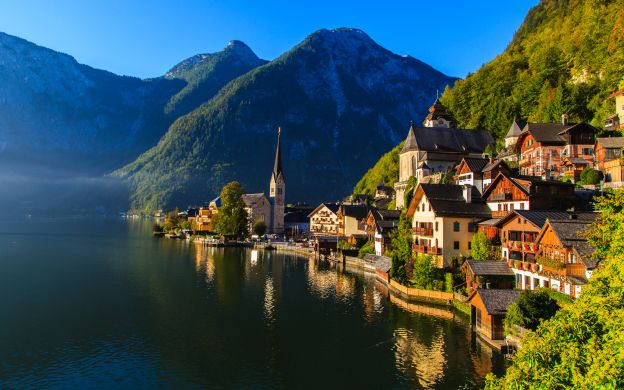 Sound of Music and Hallstatt Small Group Tour