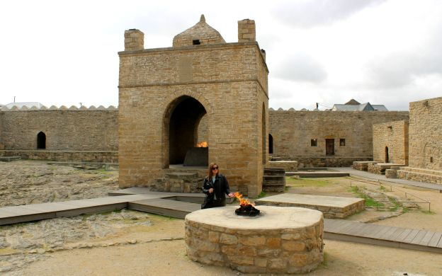 Fire Worshippers Excursion To Fire Temple and Burning Mountain, Baku