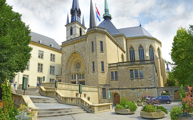 Tour to Luxembourg and Dinant from Brussels