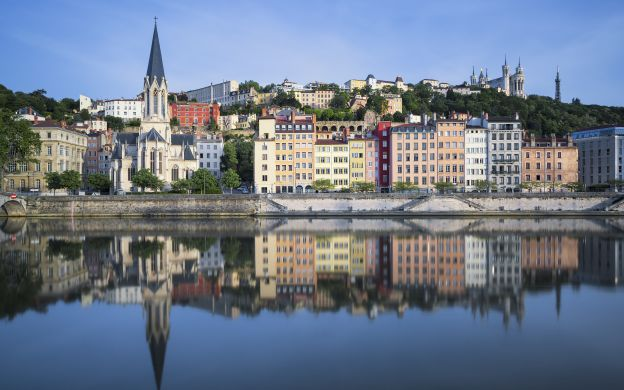 1-hour Lyon City Tram Ride