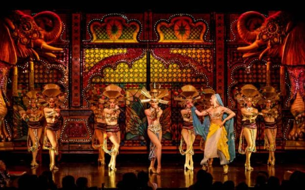 Eiffel Tower, Seine Cruise and Versailles: Skip-the-Line to 2nd Floor Access, Guided Tour of Palace, Lunch