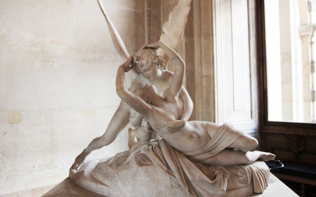 Louvre Museum: Skip-the-Line, Guide, Small Group Tour