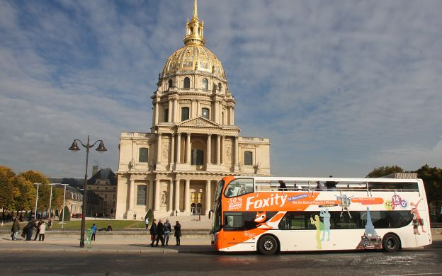 Foxity Paris: Hop-On, Hop-Off Tour