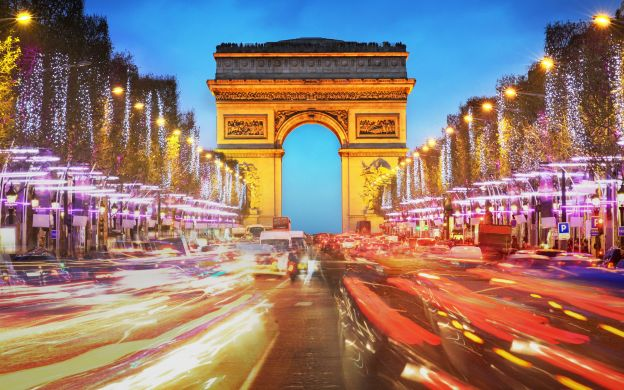 Moulin Rouge: Show, Champagne, Paris Illuminations Tour, Transfers – Small Group Tour