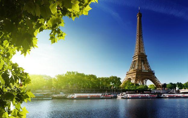 Big Bus Paris Hop-On, Hop-Off Tour, Skip-The-Line Eiffel Tower Ticket & Seine Cruise