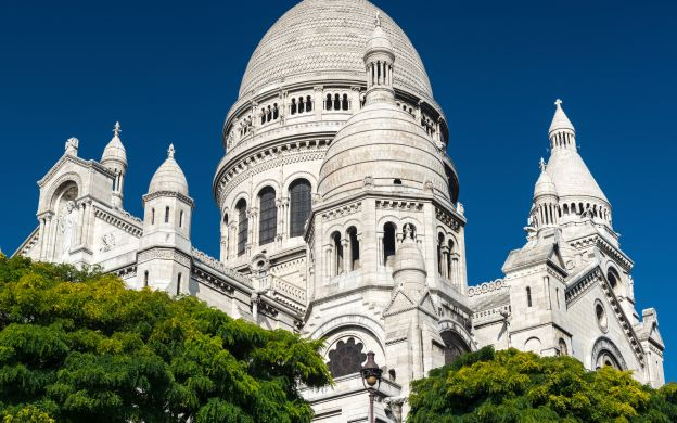 Montmartre Art Tour with Skip the Line Musée d'Orsay Ticket