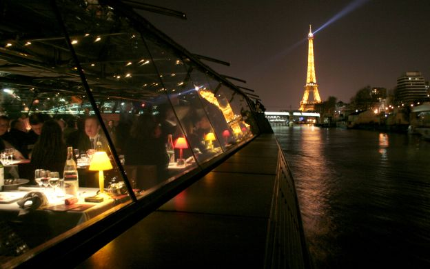 Dinner Cruise on Seine River with Coach Transfers - Bateaux Parisians