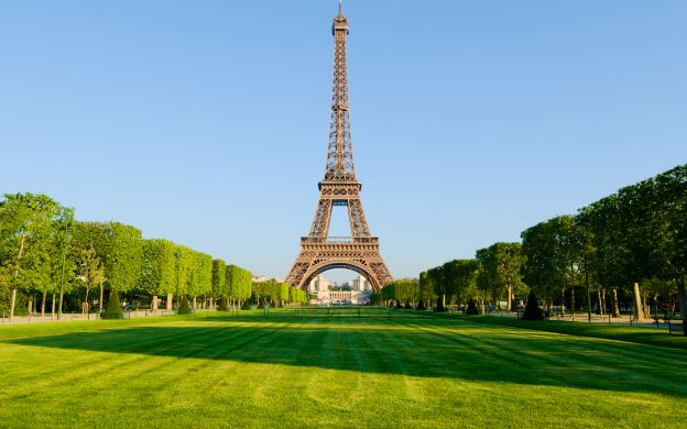Lunch at the Eiffel Tower with Summit Access & 1st & 2nd Levels Priority Access