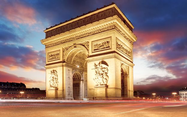Arc de Triomphe Skip-the-Line Tickets with Rooftop Access