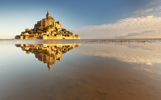 Normandy, Saint Malo and Mont St Michel 2 Day Tour