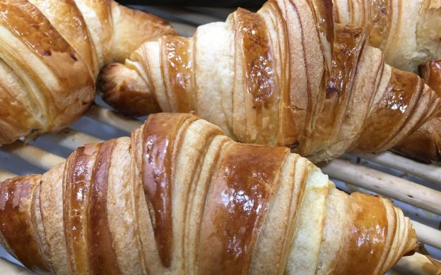 Bake Things Up: Master The Art of the Croissant