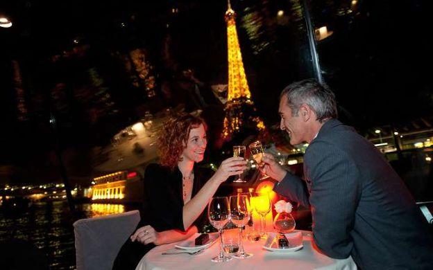 Romantic Dinner Cruise on Paris Seine River - Marina de Paris