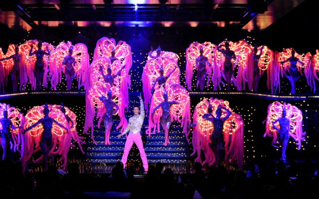 Moulin Rouge 2nd Show with Champagne and Seine River Cruise – Free drop off near your Hotel in central paris