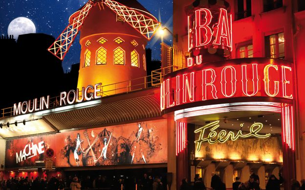 Premium Seine Early Dinner Cruise with Moulin Rouge