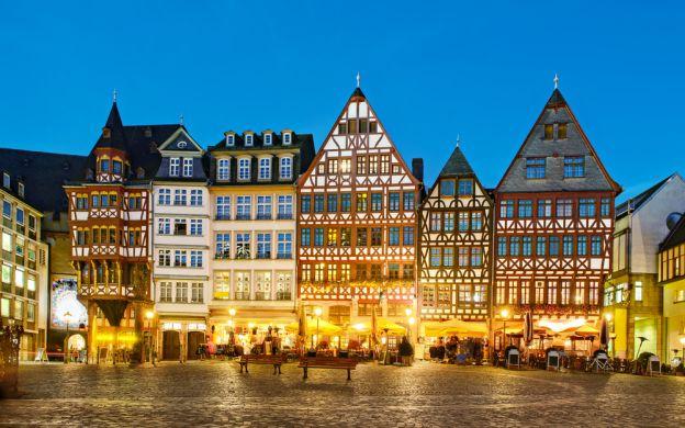 Frankfurt by Night Dinner Tour