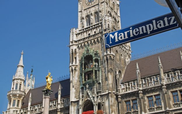 Munich Soccer and Sightseeing Tour