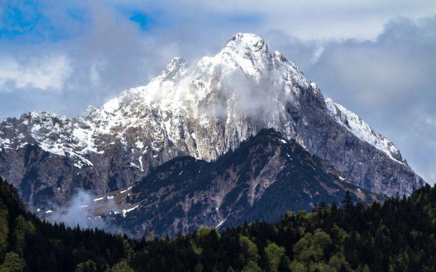 Zugspitz Mountain and Ettal Monastery – Tour from Munich