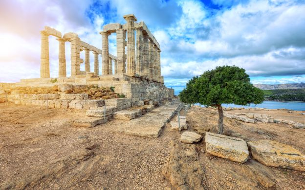 Historical Panoramas: Half Day Private Tour of Cape Sounion and Temple of Poseidon