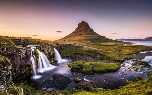 Premium Snaefellsnes Peninsula Tour with Guide and Hotel Transfers