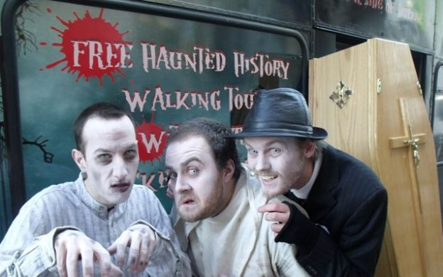 Eerie Dublin Combo: Ghost Bus & FREE Haunted History Tour