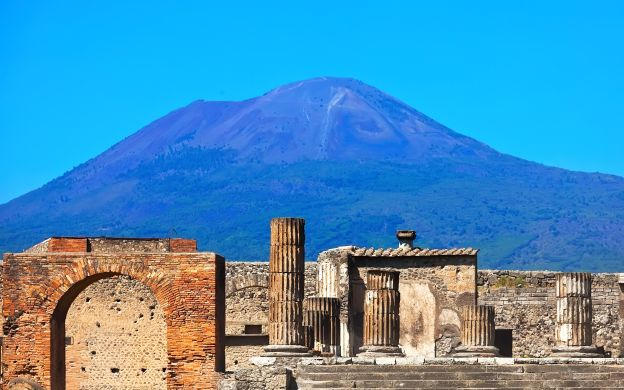 Naples, Pompeii and Sorrento Guided Tour with Hotel Transfers, from Naples