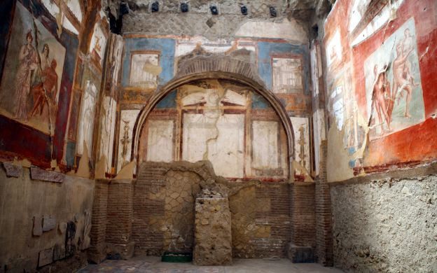 Private Herculaneum and Pompeii Tour - From Naples