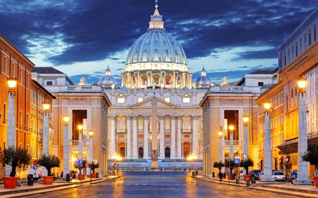 Rome in a Day Tour: Colosseum, Vatican Museum, Sistine Chapel and More