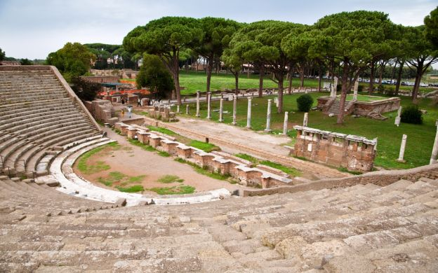 Walking Tour of Ancient Ostia Antica