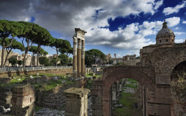 Private tour of the Colosseum, Ancient Forum and Rome's Catacombs – Skip the line!