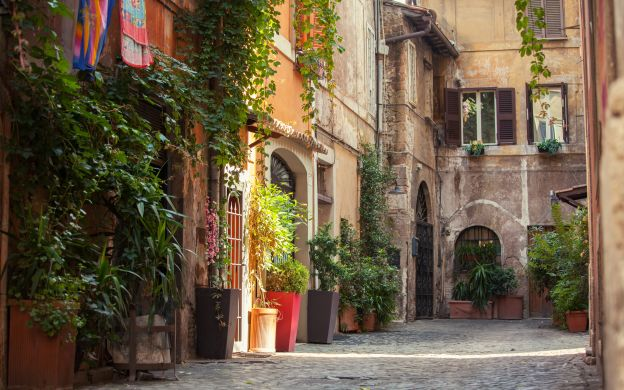 Twilight Trastevere Food Tour, Rome: Tastings, Guide, Small Group