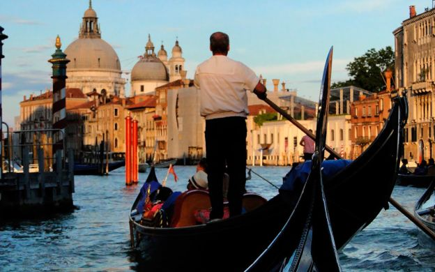Gondola Ride and St Mark's Basilica - Skip the Line!