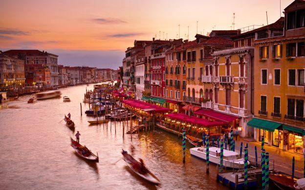 Gondola Ride With Serenade & Dinner At Ai Coristi Restaurant