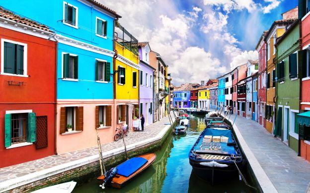 Venetian Islands Tour: Murano, Burano and Torcello