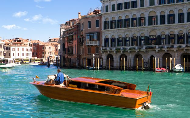 Venice Grand Canal Cruise in a Water Taxi