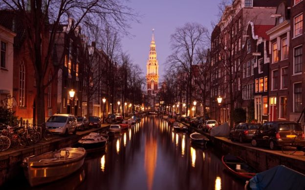 Candlelight Cruise with Wine & Cheese, Amsterdam