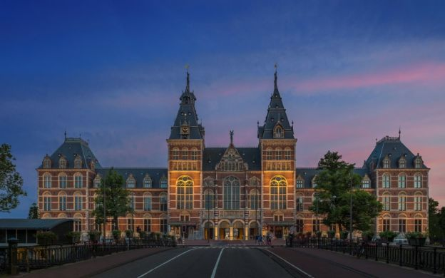 Amsterdam Canal Cruise & Skip the Line Rijksmuseum