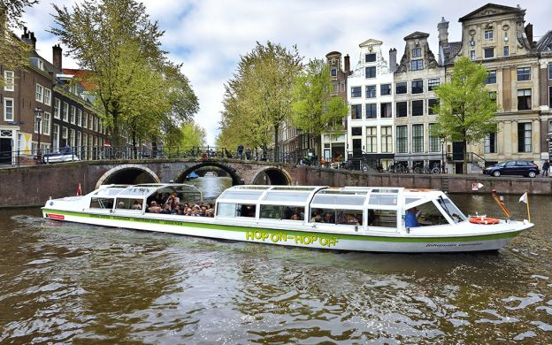 Amsterdam Hop-On, Hop-Off Cruise & Van Gogh Museum