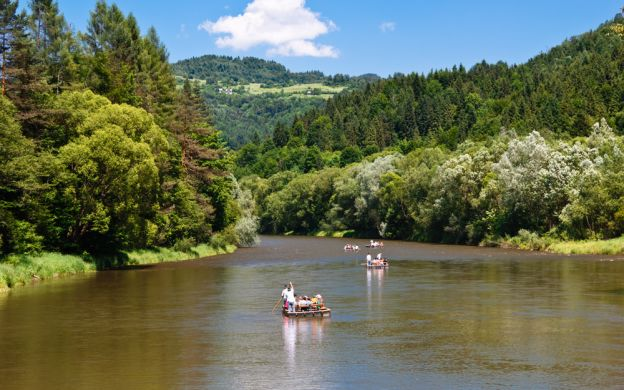 Dunajec River Rafting and Niedzica Castle Sightseeing Tour