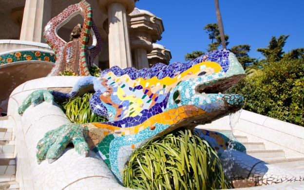 Park Güell Walking Guided Tour – Skip the Line