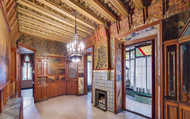 Exclusive Casa Vicens Tour: Gaudí´s First Masterpiece