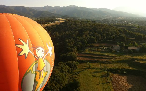 Ballooning above Barcelona – A Private trip over the city
