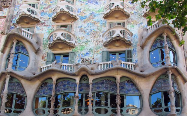 Casa Batlló Ticket: Be the First! - with Video Guide