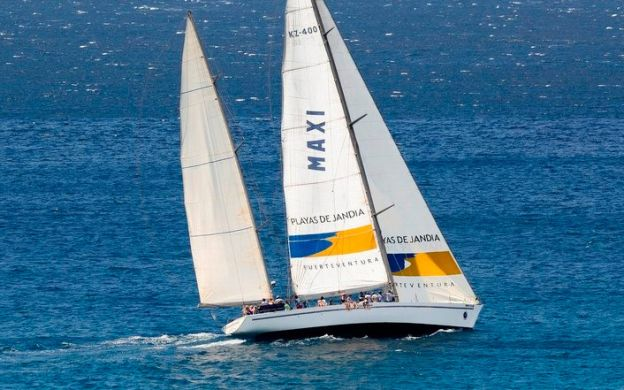 3-Hour Racing Yacht Sailing Adventure in Fuerteventura