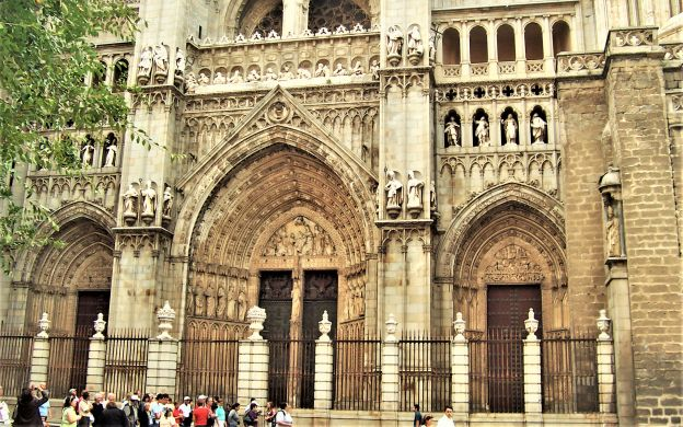 Toledo Tour from Madrid: Guided Walking Tour, Cathedral, El Greco and More!