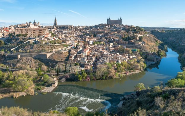 El Clásicos: Comprehensive Tour of Toledo with Entry to Seven Monuments